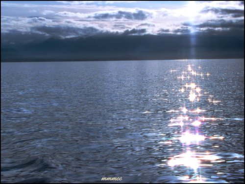 bluesparklingwater.jpg