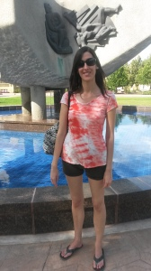 2015 summer Jen at alberta museum fountain